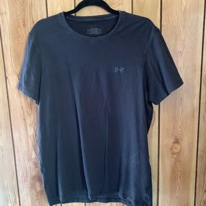 Under Armour men's XL black tee-shirt